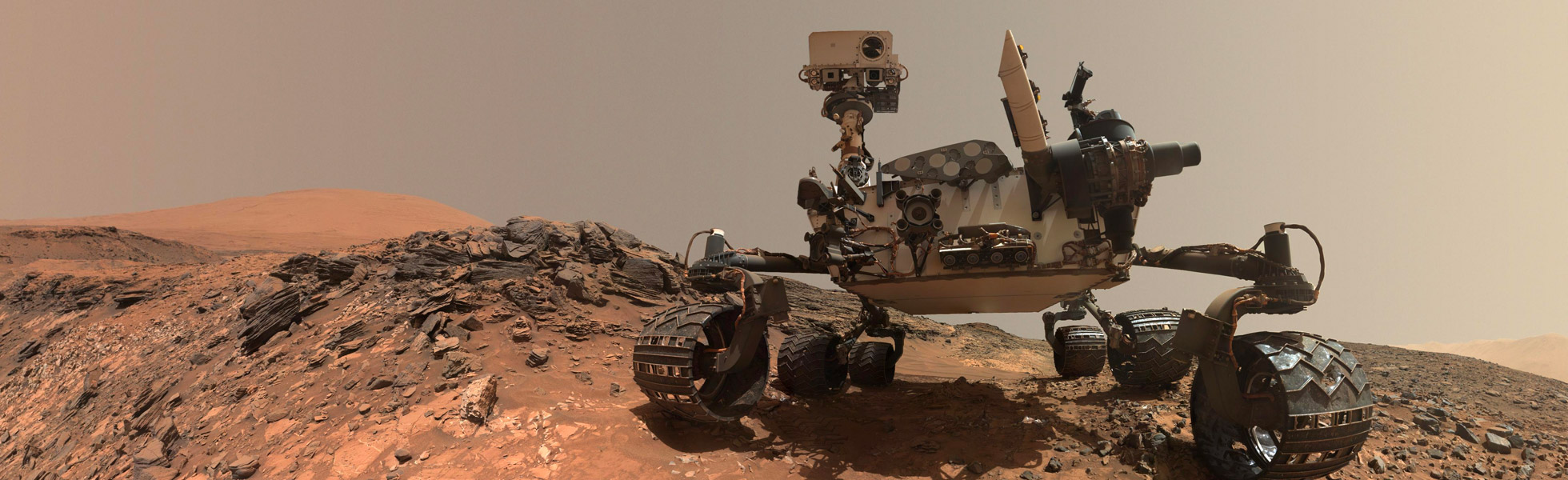 Rover on Mars, awaiting instructions